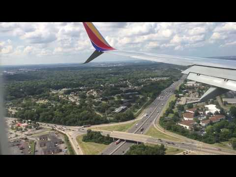 BNA Nashville TN Landing With Views Of The City