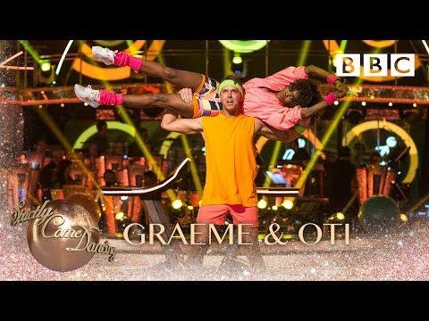 Graeme Swann & Oti Mabuse Salsa to Follow The Leader  Soca Boys  BBC Strictly 2018
