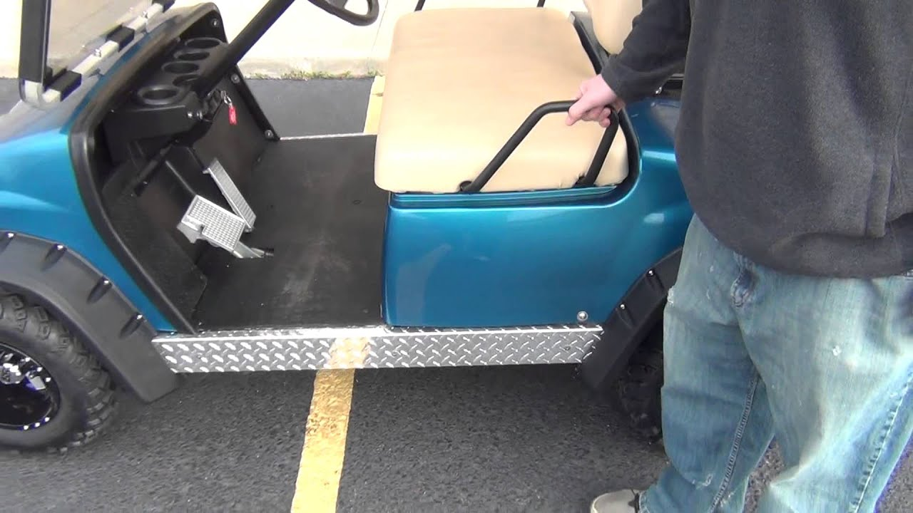 Lifted Yamaha G22e Golf Cart