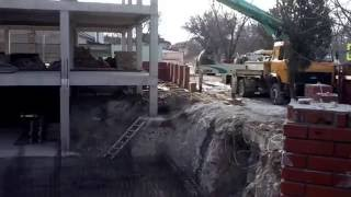 видео Доставка бетона у метро Аэропорт. Купить бетон у метро Аэропорт — ЗАО