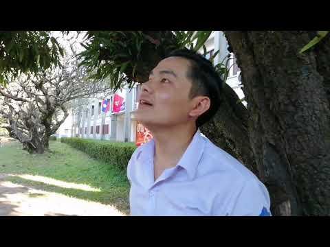 Mus nyob kawm ntawv University hauv Vientiane