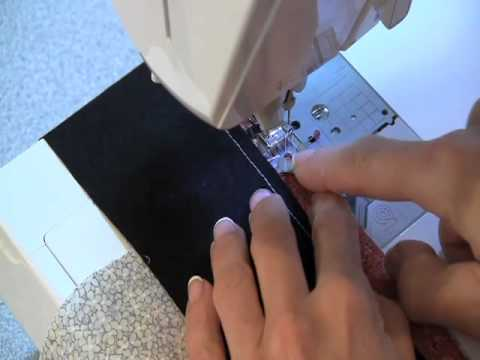 Fons & Porter: Sew Easy, Mitering Borders - YouTube : mitered quilt borders easy - Adamdwight.com