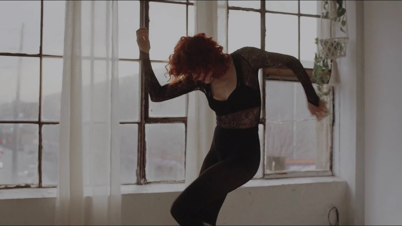 Kiesza -All Of The Feelings (Isolation Video)