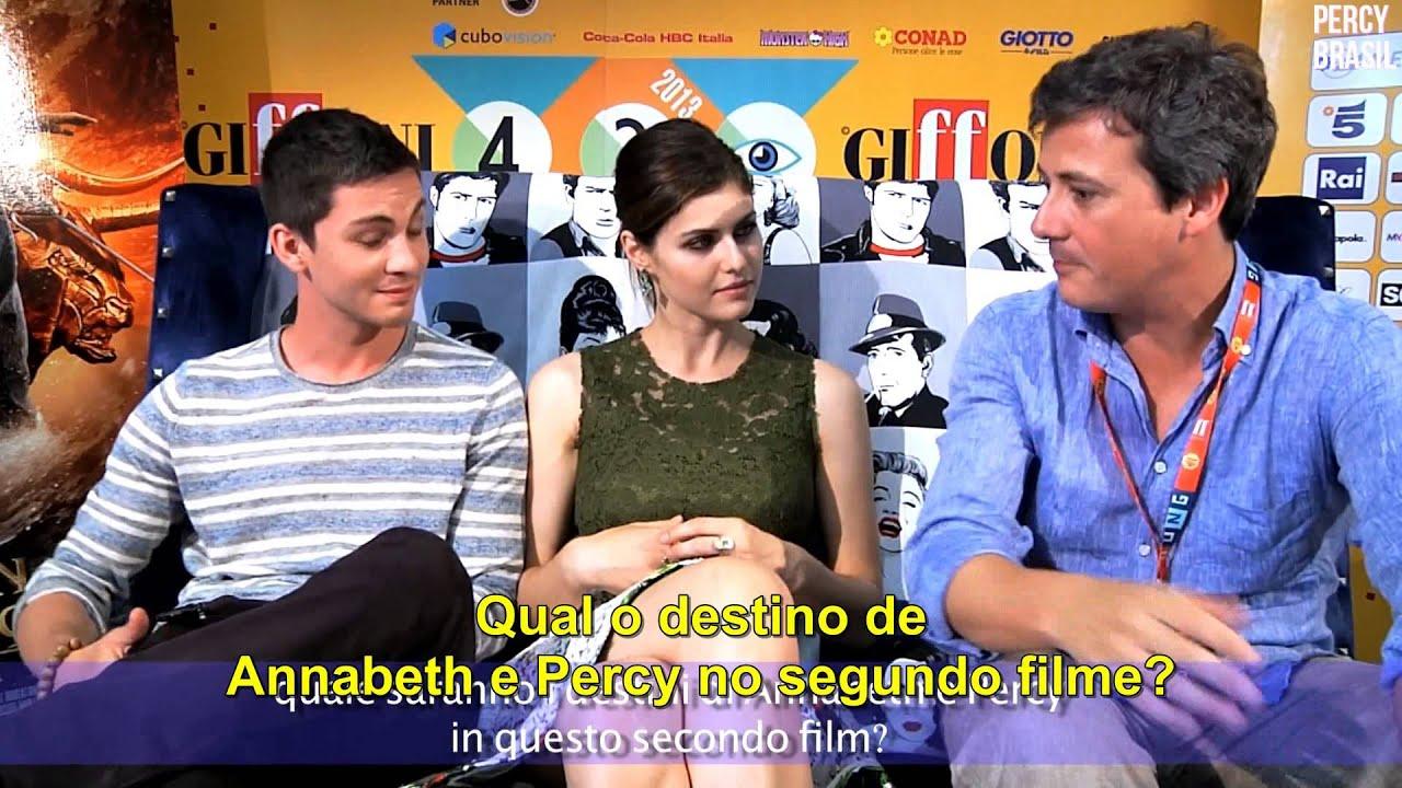 is alex daddario gay