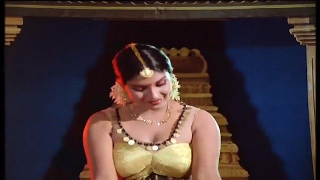 Sri Priya Hot Dance  Beladingala Holeyali  Karune Illada Kanoonu  Kannada - Youtube-5244