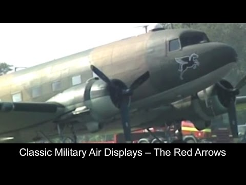 Classic Military Air Displays – The Red Arrows And More