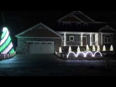 2016 Lights on the Lake Christmas Light Show - MSU Fight Song - 2016 Lights On The Lake Christmas Light Show - MSU Fight Song - YouTube