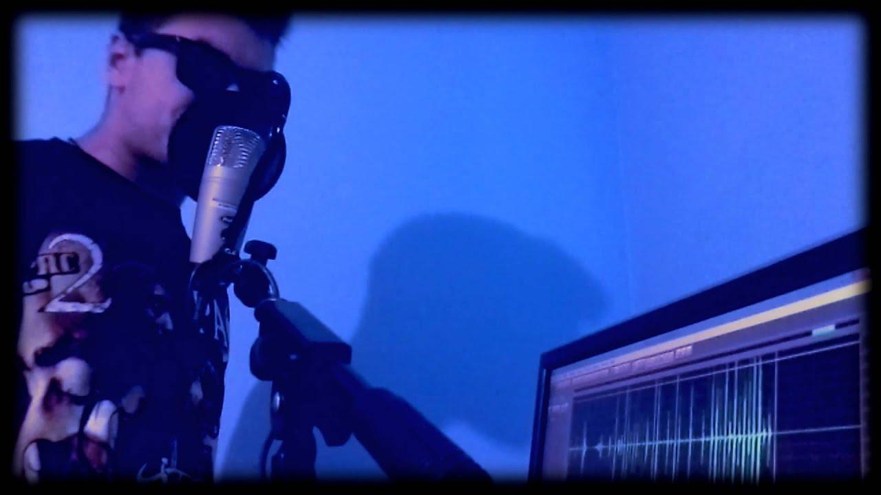 Looperman - Freestyle Bassy Beatbox - YouTube