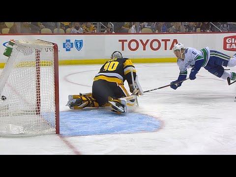 11/22/17 Condensed Game: Canucks @ Penguins