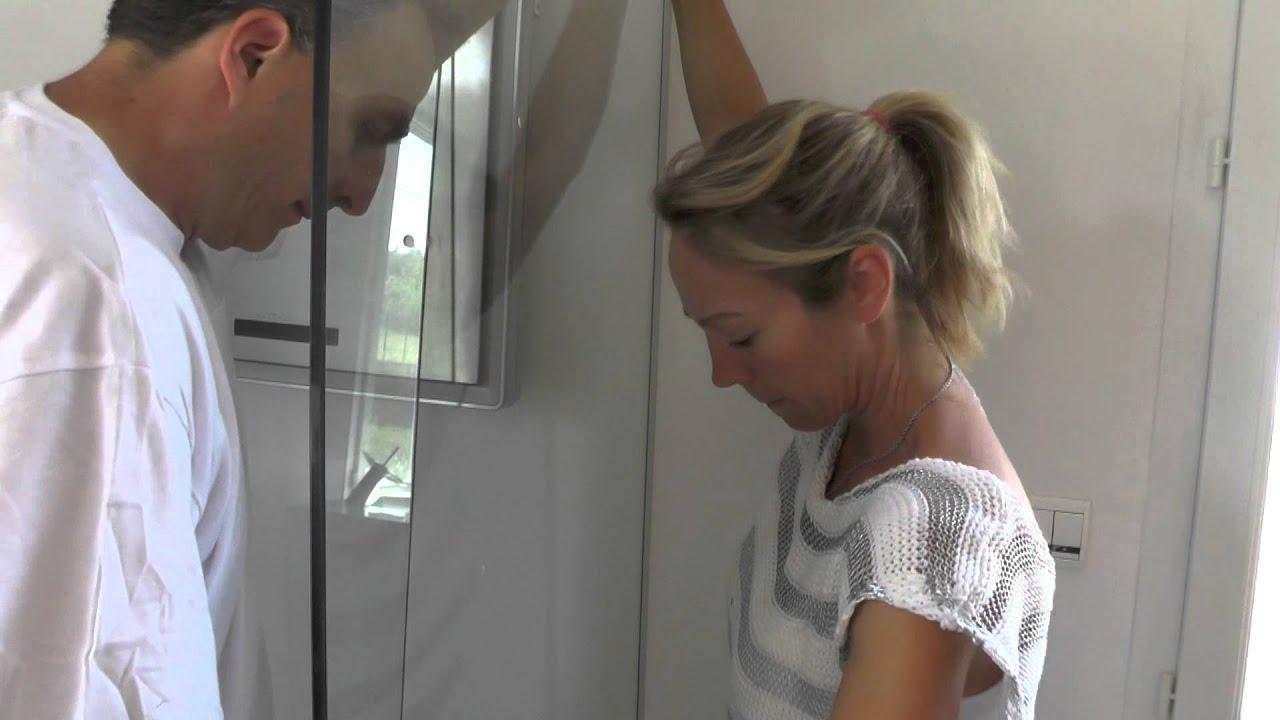 rue du bain montage parois de douche en 3 parties youtube. Black Bedroom Furniture Sets. Home Design Ideas