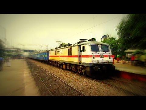[IRI] Mahakoshal Super Fast Crossing  Okhla with Ghaziabad WAP7