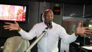 DR MALINGA PERFORMING LIVE ON METRO FM ON A CHILL FACTOR SHOW