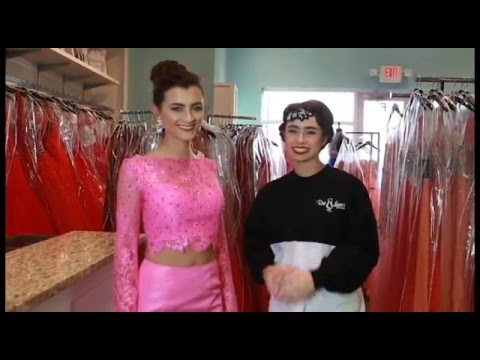 What to do with the train on your dress for prom. - YouTube