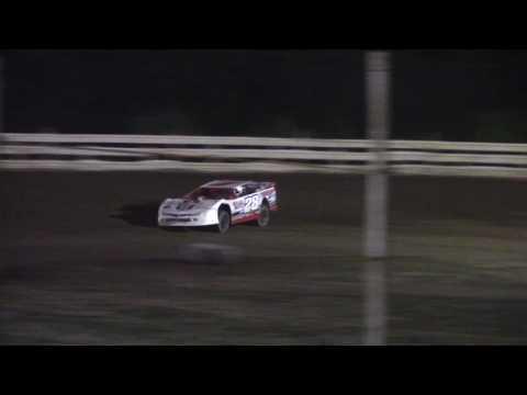 Hummingbird Speedway (6-10-17): Street Stock Feature