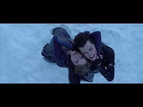 Resident Evil: Retribution - Jill And Rain Vs Alice Luther And Leon [Part 2]