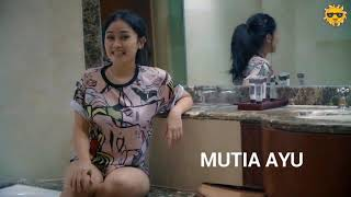 Senam malam di kamar mandi live, bareng Mutia Ayu..