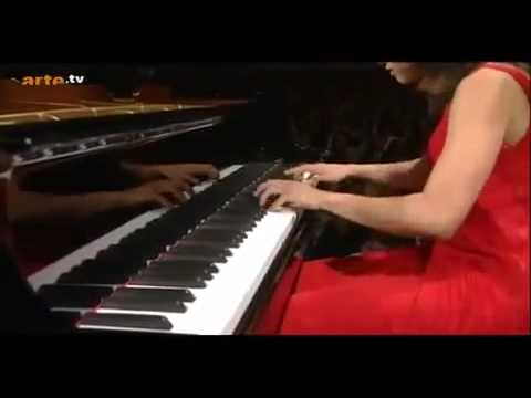 Yuja Wang plays the Flight of the Bumble-Bee from Rimsky-Kor.mp4