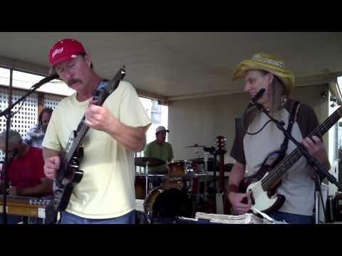 20   Dumas Walker ~ Empty Pockets Band w Greg @ Paradise Bay ~ 2015Dec12
