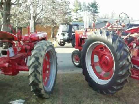 1947 Farmall H and 1953 super c running