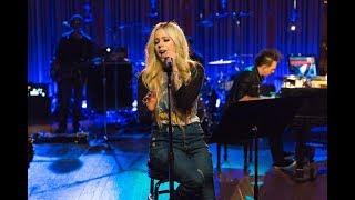 Avril Lavigne - Head Above Water (Live) [SUB. Español] Video