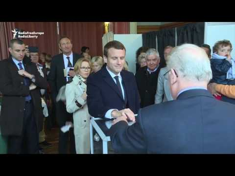 Front-Runners Cast Ballots In French Presidential Election