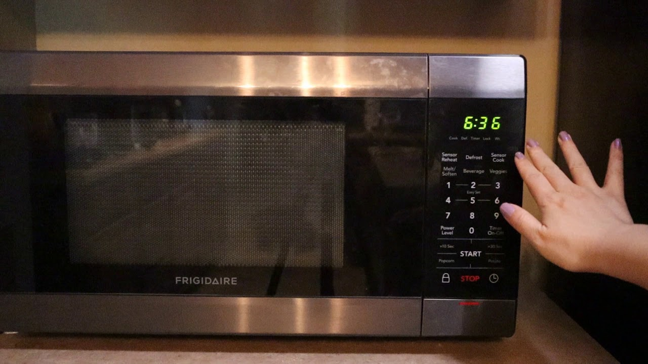 how to fix frigidaire microwave clock won t stay on time disappears microwave clock set