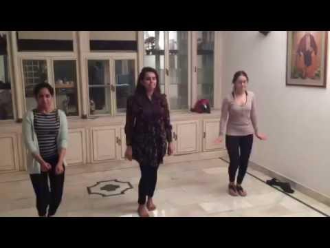 awesome performance on mehandi hai rachne wali by choreographer minish kheral