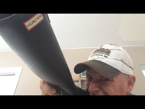 A Man's review of Hunter Boots. Stay Away!