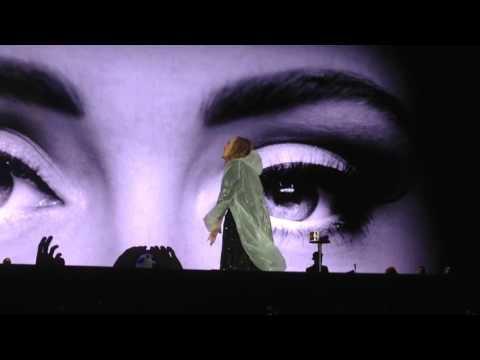 Hello - Adele live @ Arena di Verona...