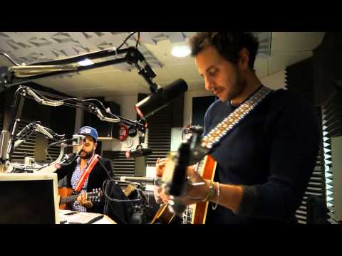Jil Is Lucky - MGMT Cover - Session Acoustique OÜI FM