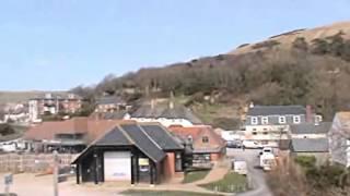 Lulworth Cove , on the Jurassic Coast, Dorset, England. ( 1 )