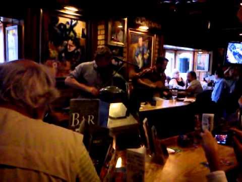irish music pub tour