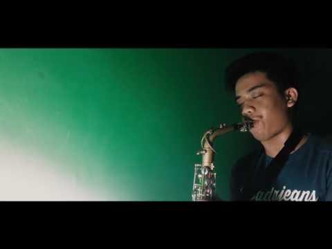 Mantan Terindah (Raisa) Saxophone Cover By : Arnold Hasiholan