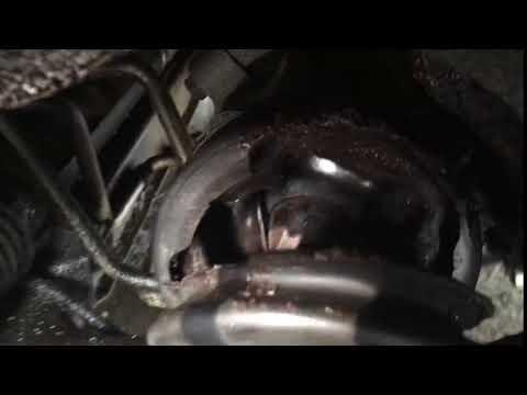 2001 Volvo V70 2.4T Ripped right inner CV boot