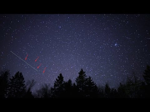 Satellites visible in night sky time-lapse?