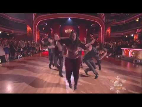 Derek Hough & Amber Riley dancing Freestyle on DWTS 11 25 13