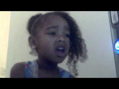 4 year old Jaylynn singing nicki Minaj- right thru me