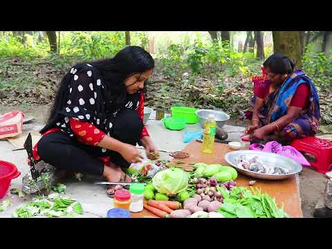 10 Vegetables with Fish Cooking in Village by Girl & Mom | Village Food Factory & Life