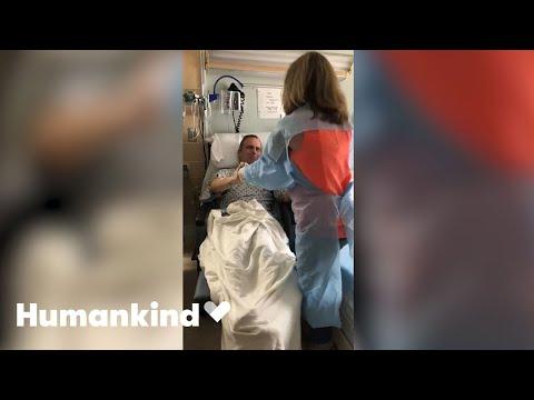 Dad beats virus and has joyful reunion with family | Humankind