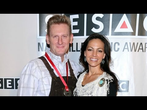 Rory Feek Pays Tribute to Late Wife Joey on Their 15th Wedding Anniversary