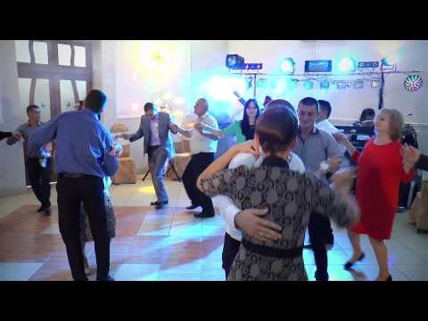 Muzica la nunta - formatia BanketBand si Alexandru Cibo - De trei zile stau si beau