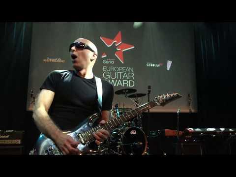 Joe Satriani Performs After Receiving Sena European Guitar Award 2018