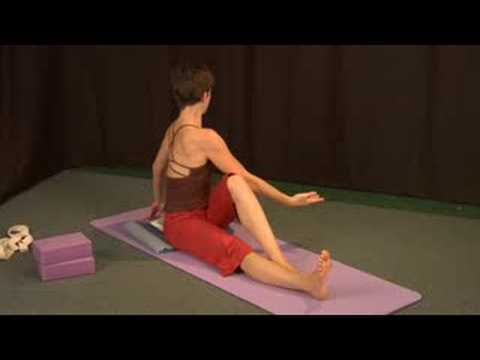 seated yoga poses  yoga seated twist pose  youtube