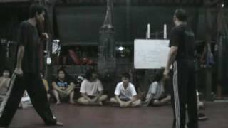 Repeat youtube video Muay Chaiya Basic Techniques with Kru Lek Baan Chang Thai 4