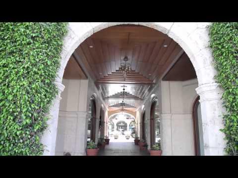 At a glance: Worth Avenue in Palm Beach, Florida