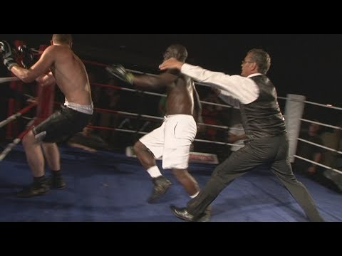Classic Unlicensed Boxing - Darren Cambell V Damian Pavey - Great Punch Up!