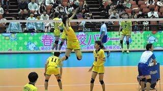 鍬田憲伸選手のスパイクのパワーに注目です.