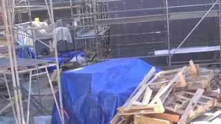 11 21 2014 universal studios hollywood harry potter construction mario lopez stuck on transformers