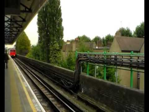 Third Rail Race 9 -  Ealing Broadway to Clapham Jct - District Of Southern Challenge (10/10/2012)