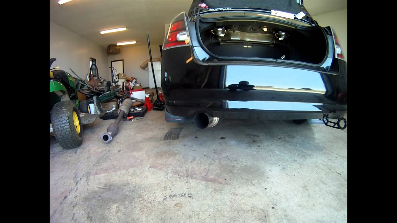 2007+ Nissan Sentra SER Spec V Full Exhaust Clip - YouTube
